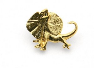 frilled neck lizard lapel pin