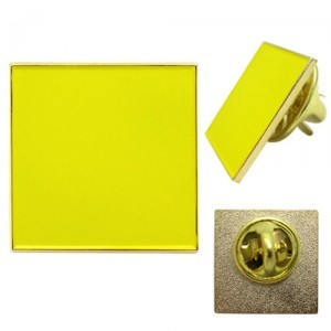 pin badge 29mm square with gold finish